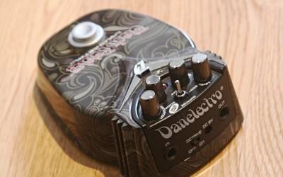 Danelectro Black Paisley