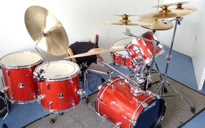 Sonor Safari